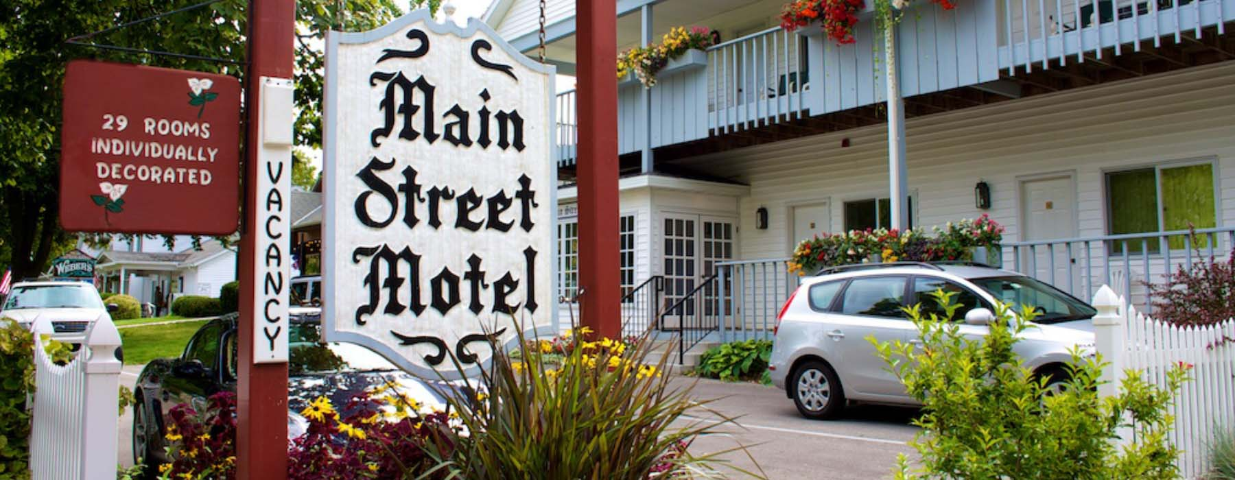Main Street Motel Sign and Exterior